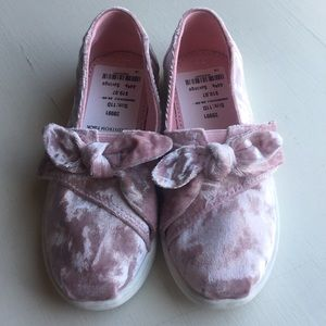 TOMS pink velvet  slip-ons T11- Toddler Girls 11